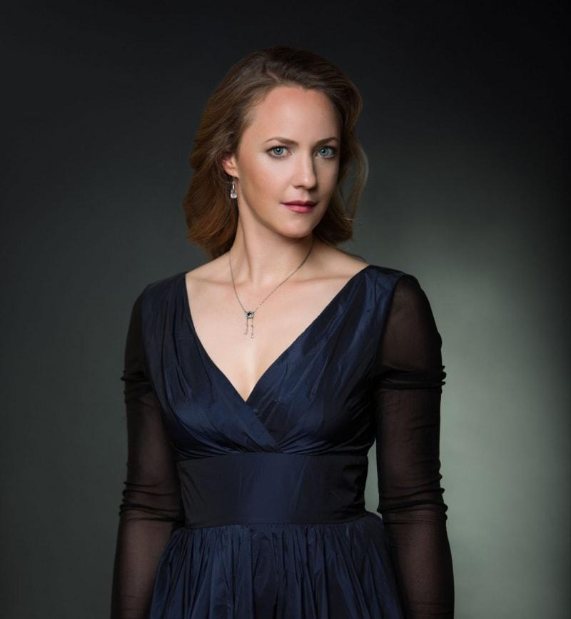 Lydia Teuscher