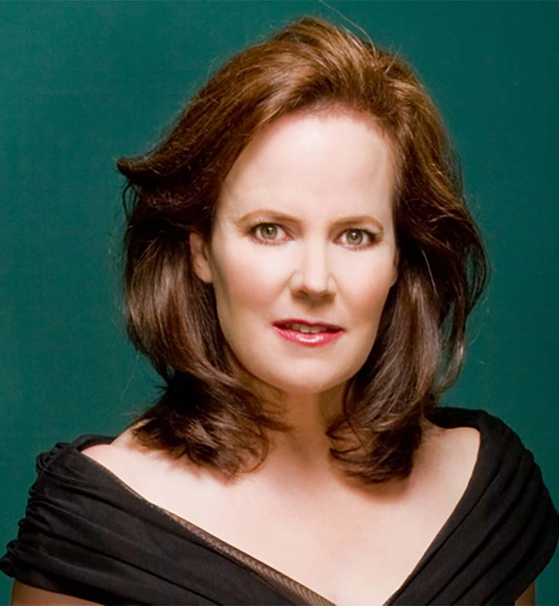 soprano Elissa Johnston